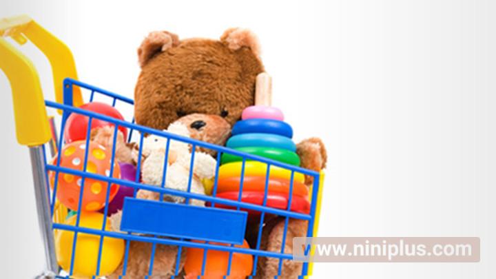 اسباب بازی متناسب با سن نوزاد