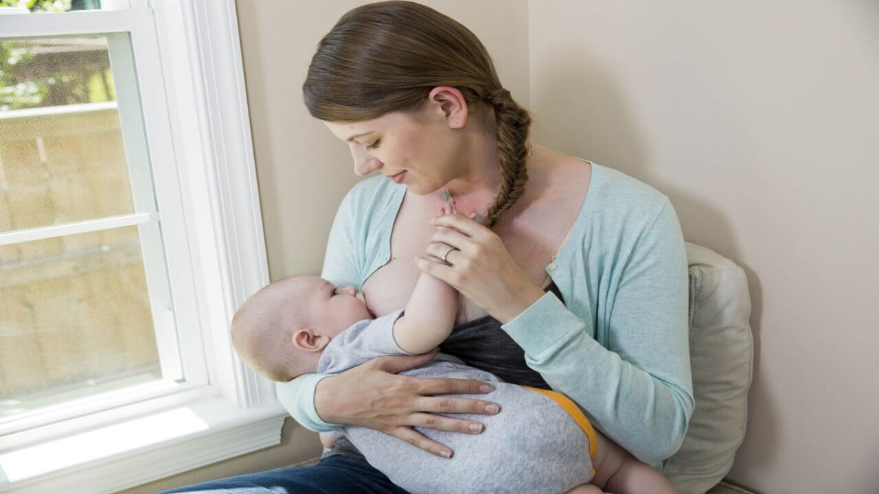 کاهش خطر ابتلا به ام اس با تغذیه نوزاد با شیر مادر