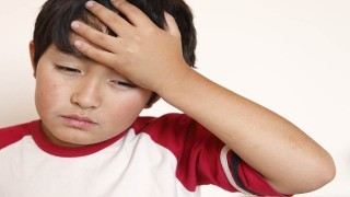 کمبود ویتامین د عامل ابتلاء کودکان به میگرن  نی نی پلاس