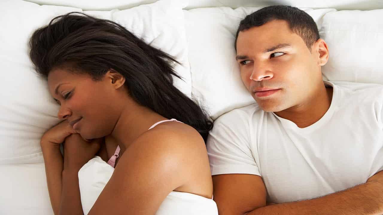 تاثیر کم خوابی بر میل جنسی