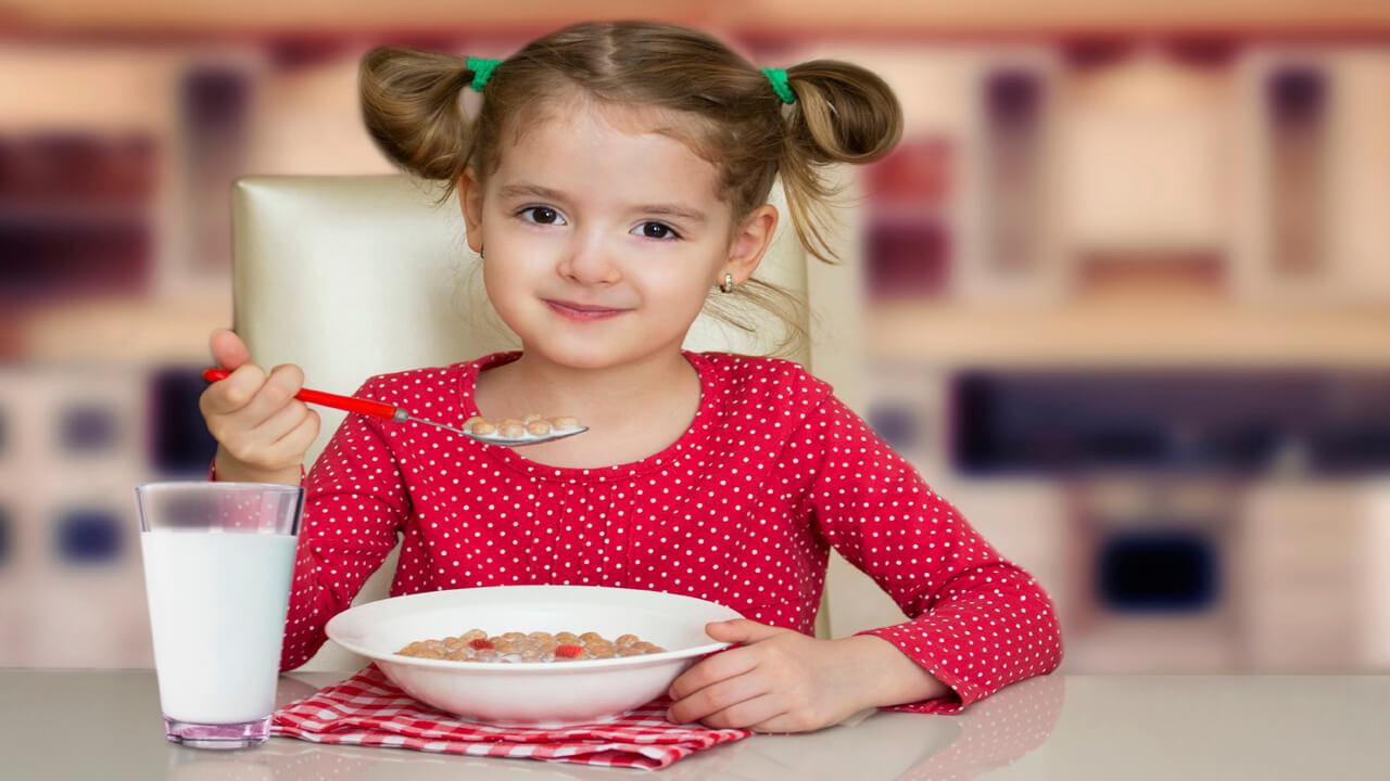 اخطار! مصرف بی رویه شکر در وعده صبحانه کودکان!