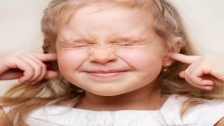 کاهش توانایی یادگیری کلمات در خانه پر سر و صدا نی نی پلاس