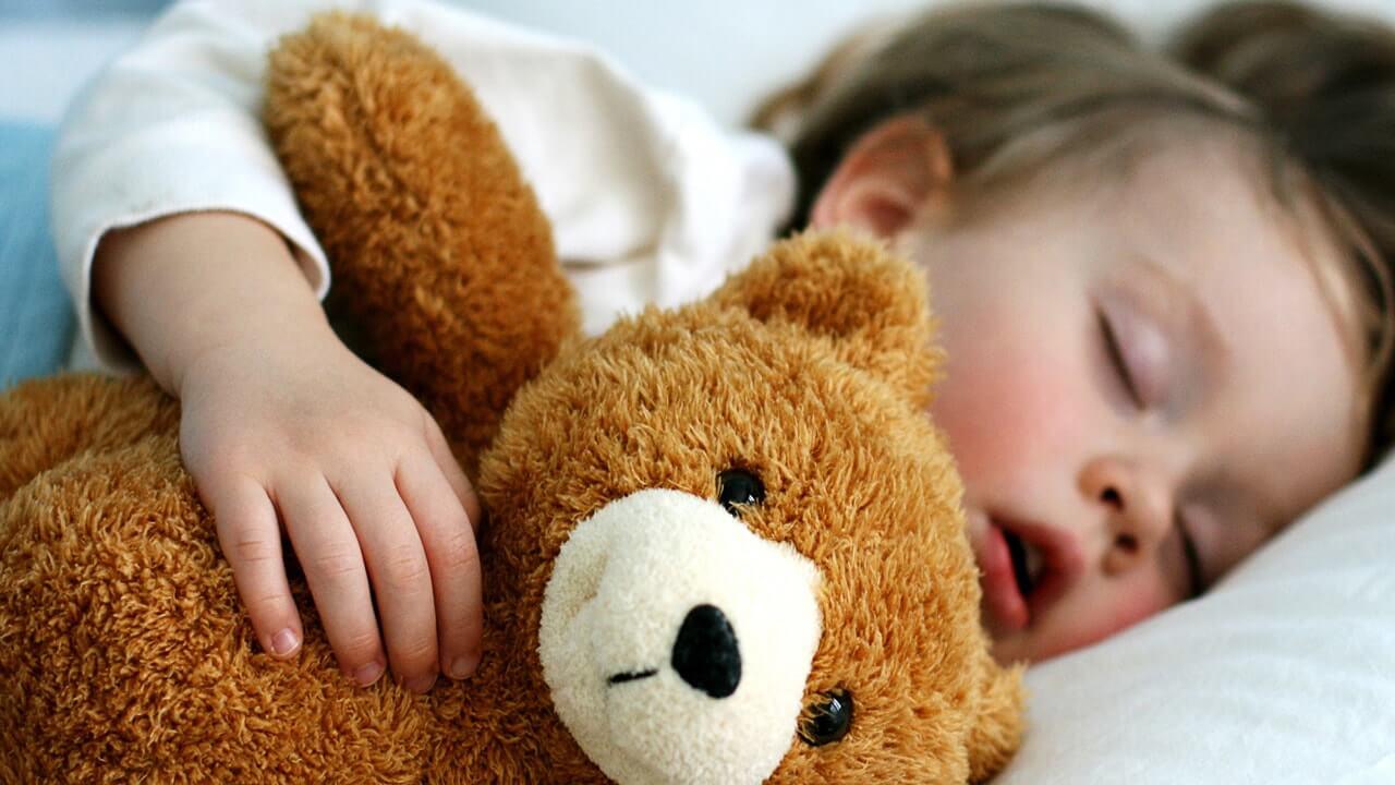 9 نکته ای که باید درباره خواب کودکان بدانید