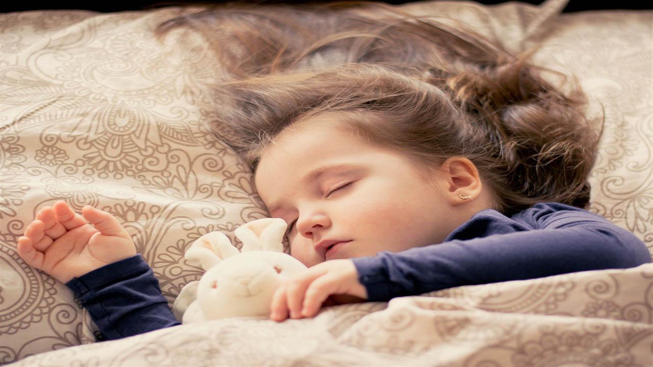 با 9 نکته مفید درباره خواب فرزندان آشنا شوید!
