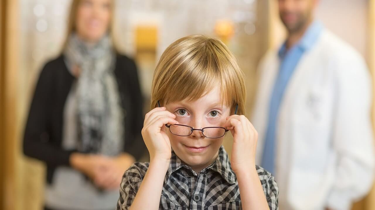 مختل شدن رشد کودکان با مشکلات بینایی