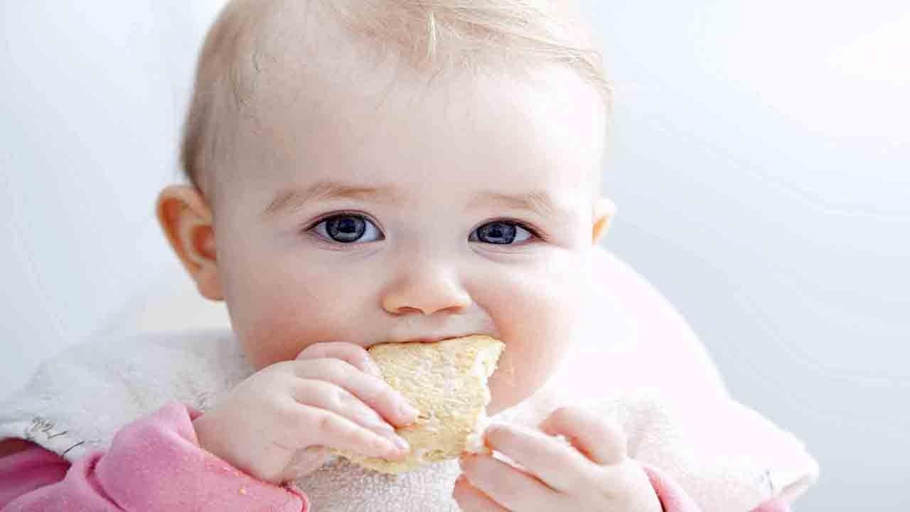 هشت توصیه برای گرفتن شیر مادر از نوزاد