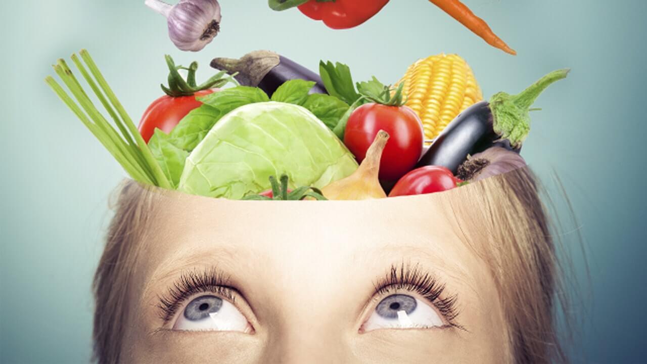 نتیجه تصویری برای مواد غذایی مفید برای مغز