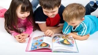 تاثیر منفی عکس و طرح کتاب داستان بر یادگیری کودکان نی نی پلاس