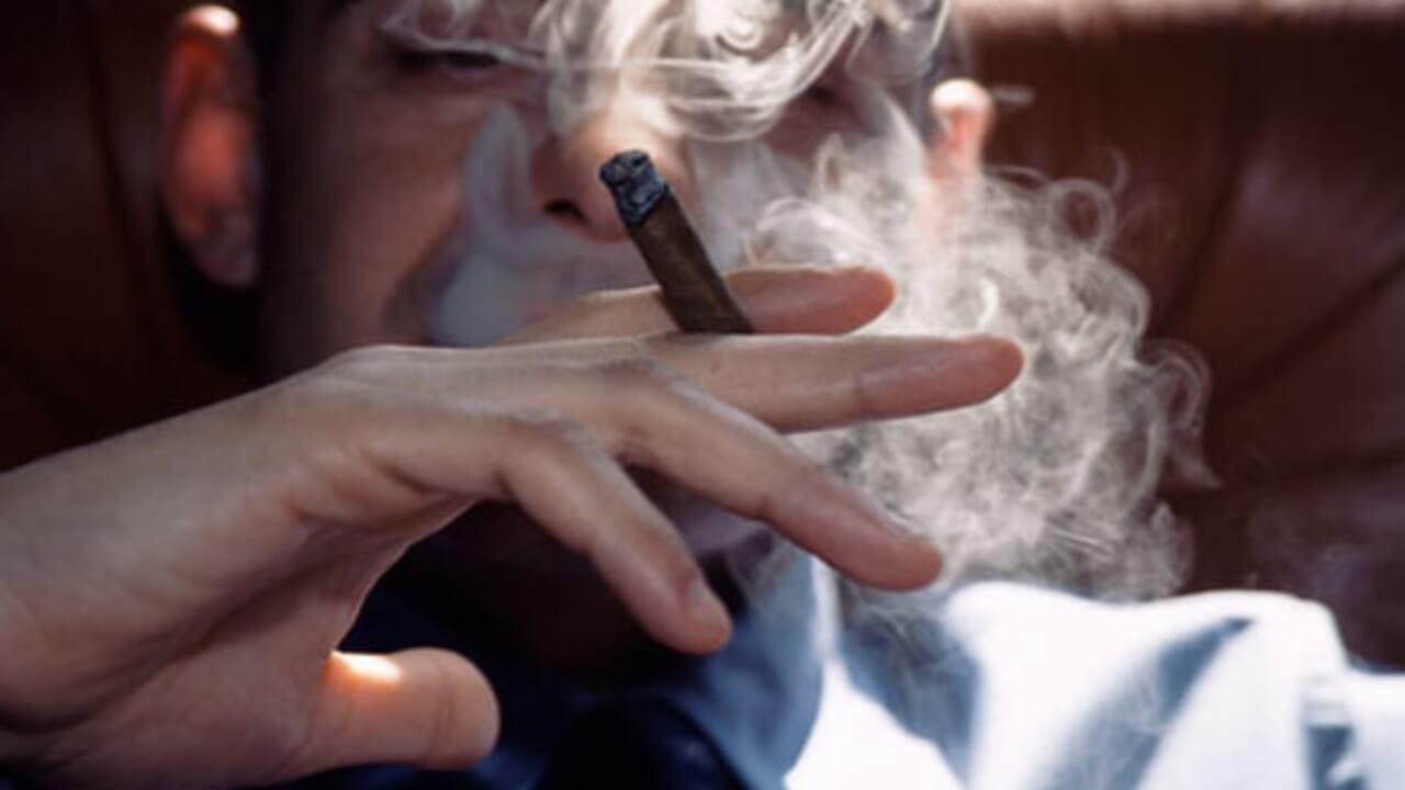 تاثیر سیگار کشیدن بر اسپرم مردان