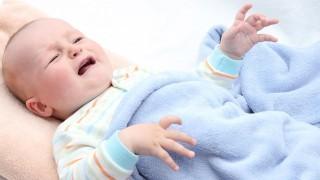 توضیه تندرستی: توصیه هایی درباره یبوست نوزاد نی نی پلاس