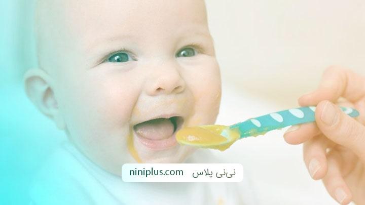 جدول کامل برنامه غذایی برای نوزاد 6 ماهه