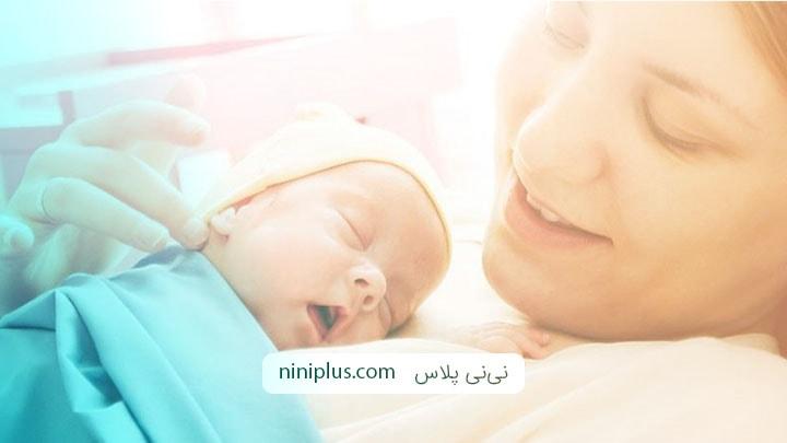 نگهداری از نوزاد تازه متولد شده نزد مادر در بیمارستان