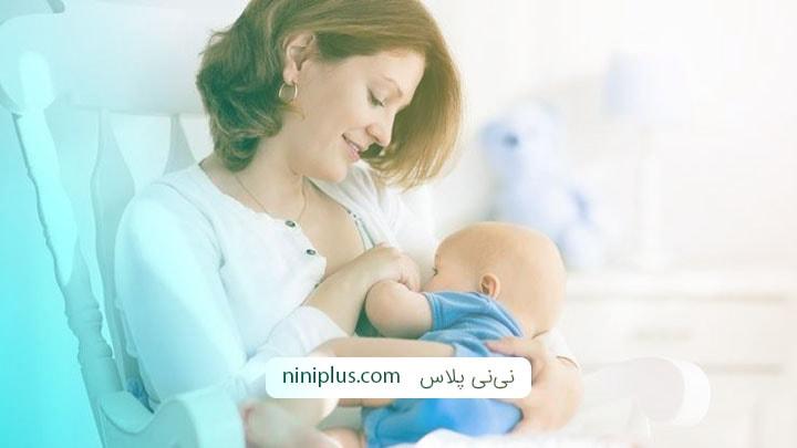 نحوه صحیح قرار دادن نوک پستان در دهان نوزاد