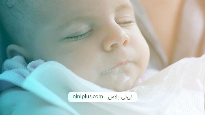 استفراغ در نوزادان ، علل و درمان