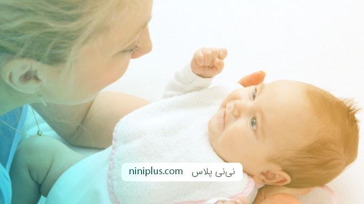 کمک به رشد نوزاد با 4 چیز که نوزاد عاشق آن هاست