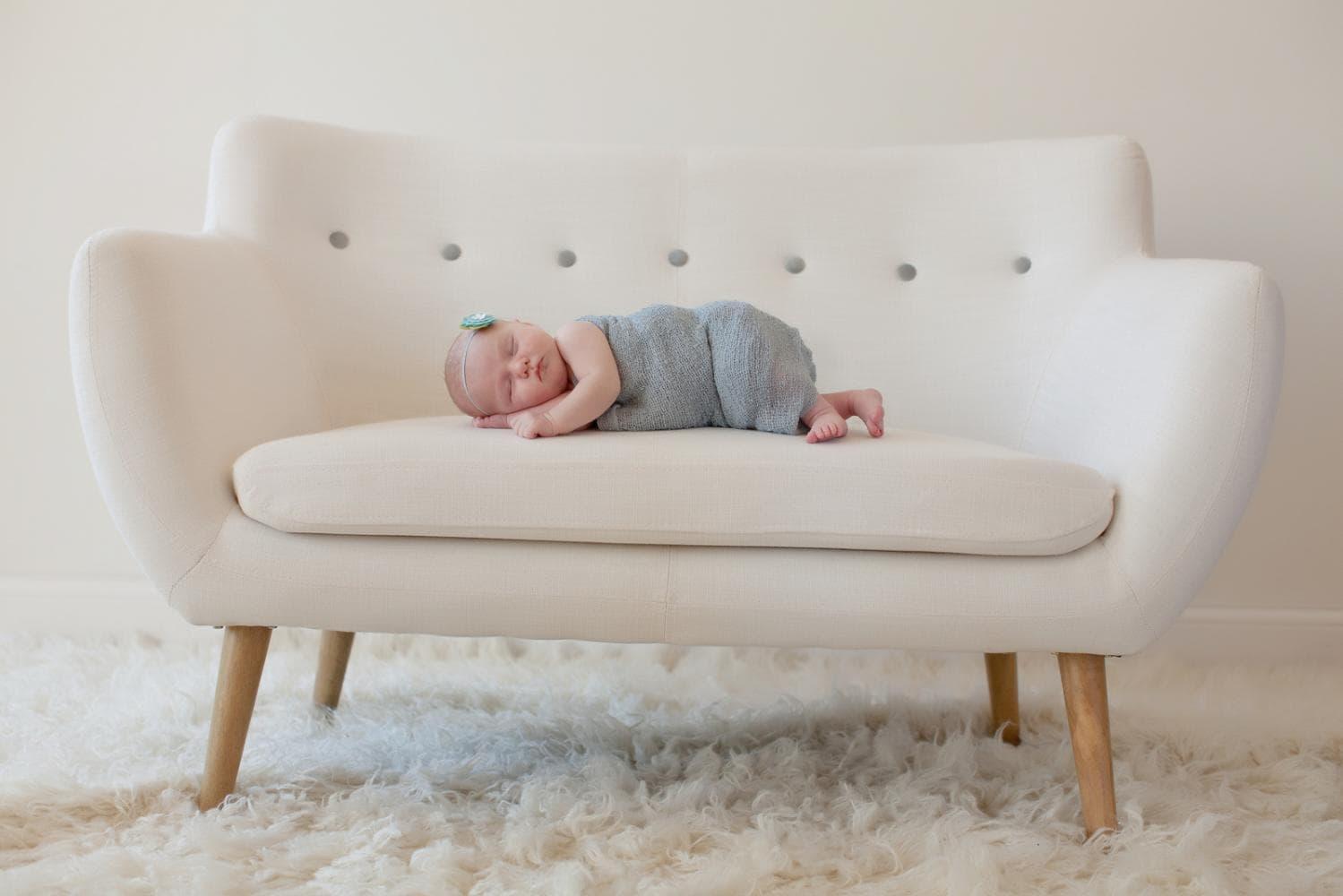 بهترین حالت خواباندن نوزاد برای پیشگیری از سندرم مرگ ناگهانی