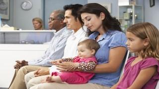 کنترل علایم حساسیت کودکان با تزریق داروی اپیفرین  نی نی پلاس