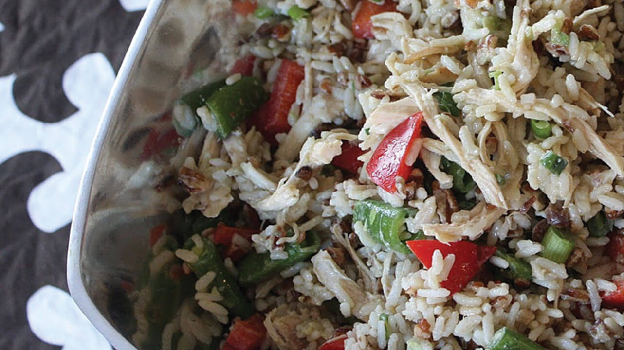 دستور غذایی سالاد ماهی و برنج قهوه ای (گروه B، فولات، امگا 3)