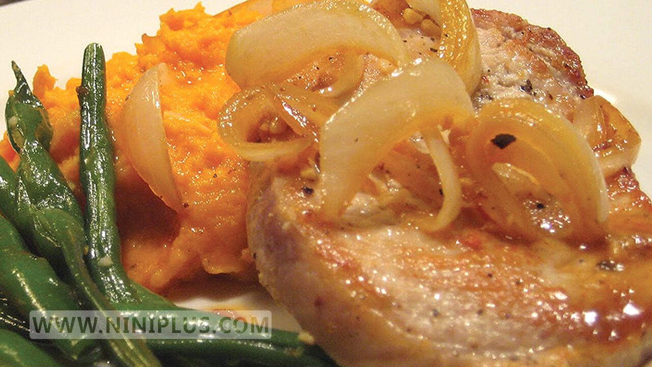دستور پخت فیله ماهی گریل شده با سالاد منبعی سرشار از امگا 3