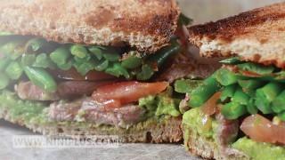 ساندویچ استیک با سس نی نی پلاس
