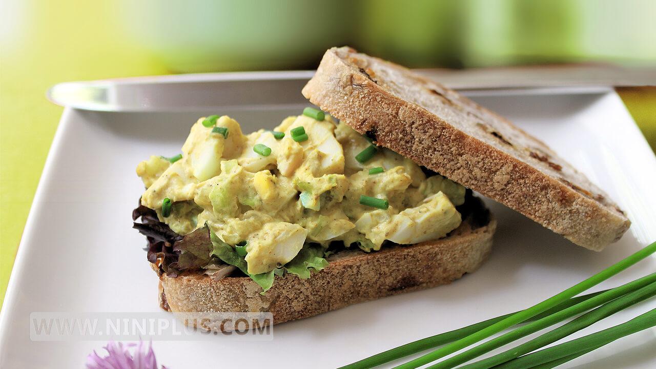 دستور پخت ساندویچ تخم مرغ (سرشار از امگا 3)