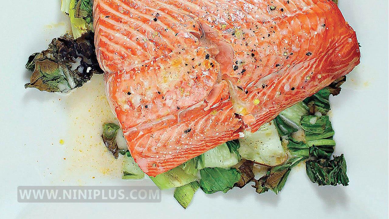 دستور پخت خوراک ماهی و سبزیجات منبعی سرشار از ویتامین C ،B و فیبر
