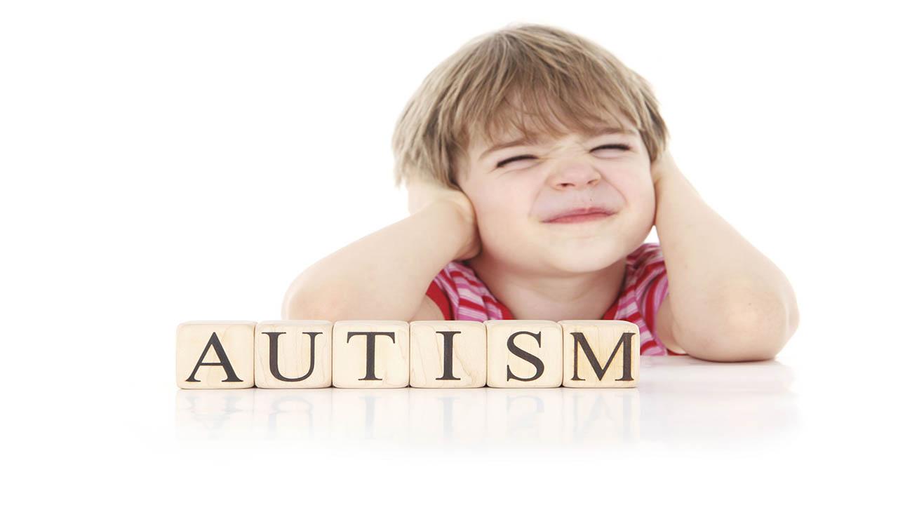 استرس، عامل افزایش مشکلات گوارشی در کودکان اوتیسمی!