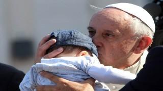 تغذیه نوزادان در مراسم مذهبی بلامانع است نی نی پلاس