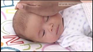 خواباندن نوزاد نی نی پلاس