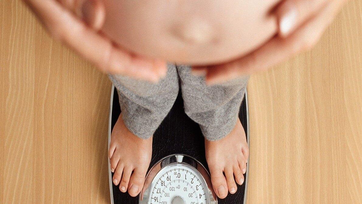 کاهش و افزایش شدید وزن در بارداری خطرناک است نی نی پلاس