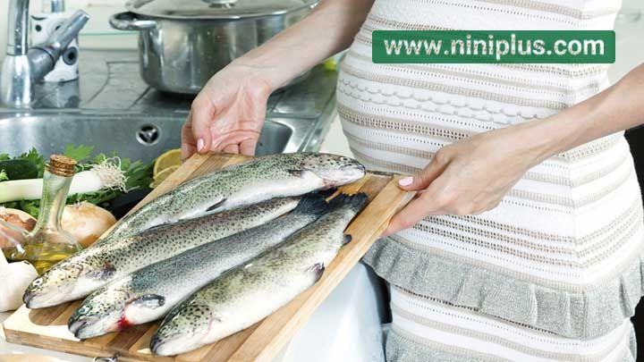 خطرات مصرف زیاد ماهی در دوران بارداری