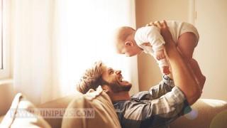 اهمیت ارتباط عاطفی با پدر نی نی پلاس