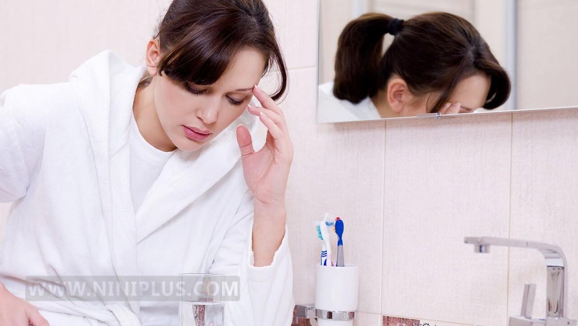 آشنایی با حالت تهوع و روش های درمان اش در دوران بارداری نی نی پلاس