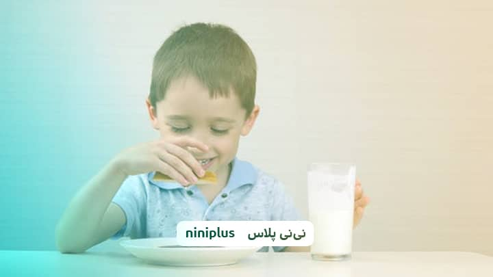 آیا خوردن شیر در کودکان ضروری است و فواید خوردن شیر چیست؟