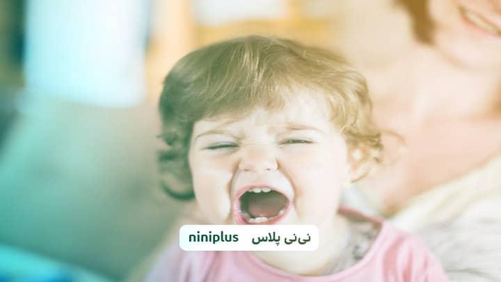 آرام کردن گریه کودک چگونه است و دلایل گریه در کودکان چیست؟