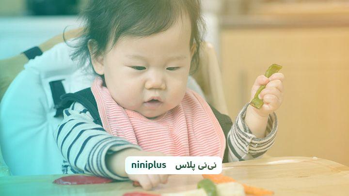 بازی با نوزاد یازده ماهه ماه اول تا چهارم
